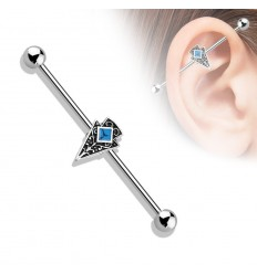 Industrial Piercing med Tribal og Turkis Sten